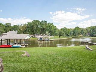 Lovely Lakeside Retreat