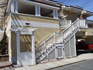 Three Houses from the Beach! 4 bedroom, sleeps 10!