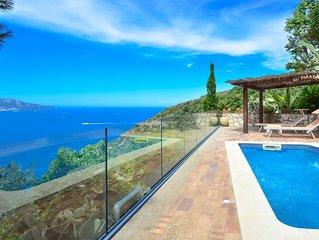 Villa Bacco con Piscina Privata, Vista Mare, Parcheggio, Romantica
