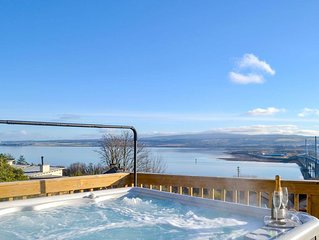 5 bedroom accommodation in Craigton, near Inverness