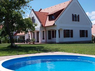 Holiday house with Pool and Internet at Balaton-Upland