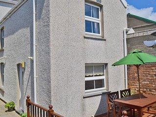 1 bedroom accommodation in Tywyn
