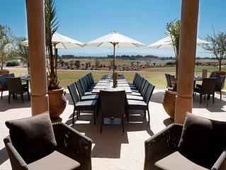 Villa 5 chambres, 5 salles de bain sur le golf de Samanah avec vues de l'Atlas