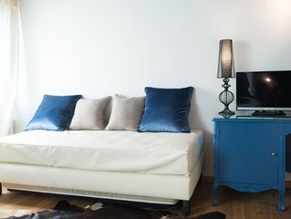 "Ethno Chic ""Blue"" (con Lover's room) Junior suite (con Jacuzzi)"