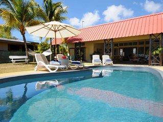 Villa ''Les Flamboyants'' en bordure de mer