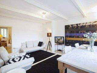 Atemberaubende zwei SchlafzimmerWohnung, fur bis zu vier Personen, direkt neben