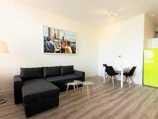 Comfortable, superbly located, very close to Rotterdam central station!..