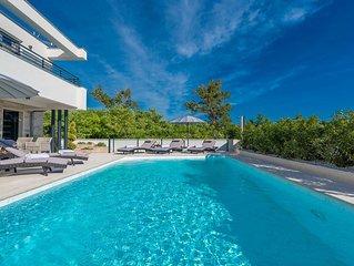 Luxury and relaxing wellness Villa Ana