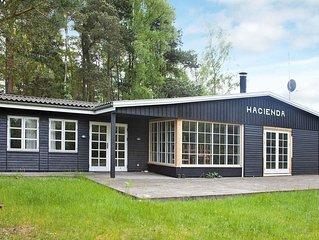 Vintage Holiday Home in Væggerløse With Indoor Whirlpool