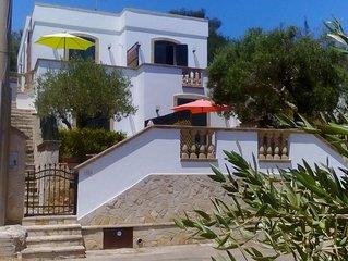 ANDRANO. Localita GROTTA VERDE. Villa con VISTA MARE