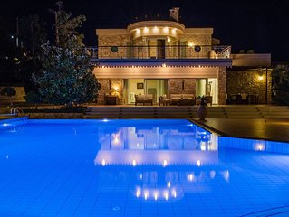 Athens Events Villa Mare, Seaview, 5′ walking from the Sea