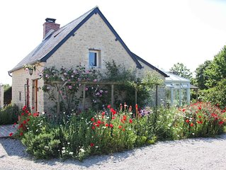Couples look! Picture book cottage on rescue farm in heart D Day Landings