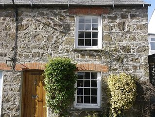 2 bed Cornish dog-friendly holiday cottage, near Rock, North Cornwall, UK.