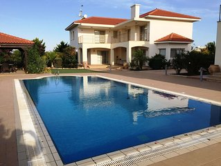 RTL004 Orchard Blossom 5*Luxury villas offering the utmost in luxury and comfort