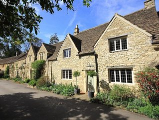 Castle Combe Cottage, BATH
