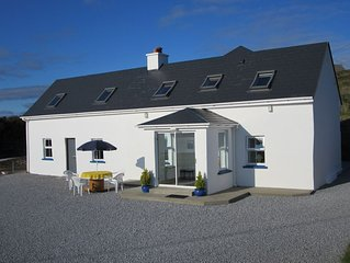 Country Style Self Catering With Breath Taking Sea Views And Tranquility