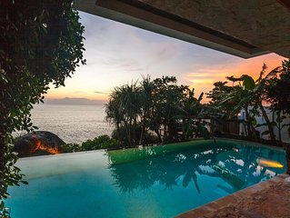 Cape Kata - Oceanfront private pool villa with chef