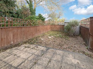 3 Bedroom house, close to hospital