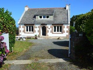 Tregastel proche Ploumanach Cote de Granit Rose: Maison 6/8 couchages