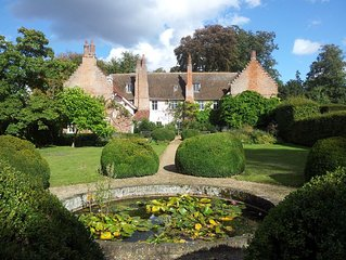 Blo Norton Hall charismatic 16th Century Moated Manor Holiday Home