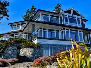 Spacious, Bright and Ocean View Home with Water Front Dock