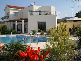 Romantic hideaway for couples* Perfect for families* Large private pool