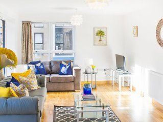 Large modern Luxury 2 bed 2 bath Apartment suited for 6 people