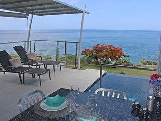 Villa front de Mer des Caraïbes, piscine privée, accès direct au bord de mer, 2p