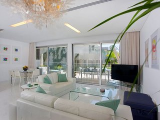 Exclusive 2bedr. Apt - Pool, Spa, Gym included