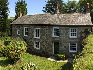 Ruby Retreat Farmhouse Cornwall. Fully equipped,parking,wifi,pets & kids welcome