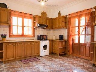 Evdoxias House - Two Bedroom Apartment, Sleeps 6