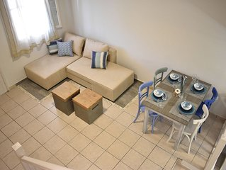 Anemy Apartments with WiFi, A/C, 1.7km to the beach