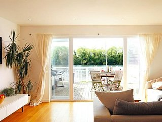 3 bedroom accommodation in Cotswold Lakes