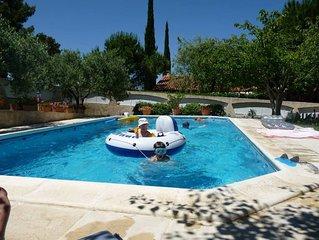 T3 avec piscine entre AIX et la CÔTE bleue