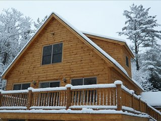 Sunday River Chalet with 6 Person Hot Tub, Fireplace, and Wireless Internet