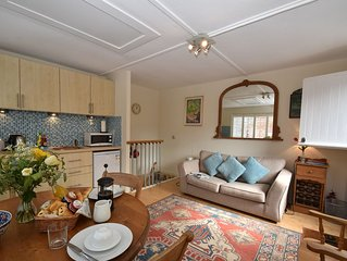 Studio 22 is the perfect romantic retreat in the pretty town of Rye, East Sussex