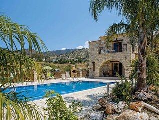 Rural stone villa w/ terrace + pool, close to fishing village w/ restaurants