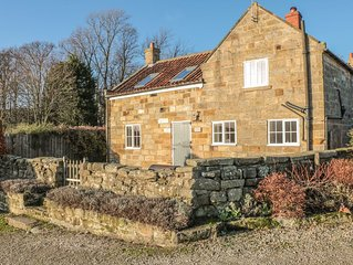 Home Cottage, AISLABY