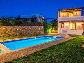 Gasparakis villas, Dafni with garden and private pool