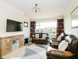 3 bedroom accommodation in Seaton
