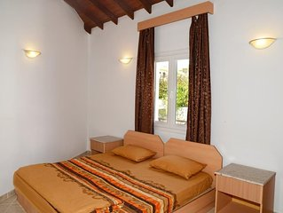 Holiday villa with Private Pool up to 10 person