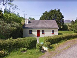 Detached cottage, in quiet rural surroundings in the Inny valley and close to th