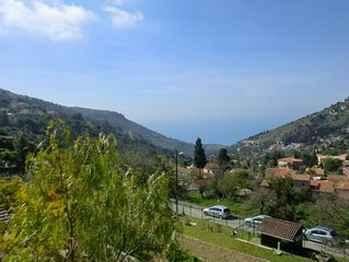 Villa vue mer avec jardin et  2 terrasses proche Monaco