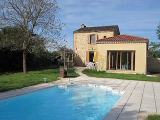 Near Sarlat Holiday Rental, Delightful River-side Cottage, Private Pool, Wifi