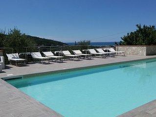 Quadrilocale nuovissimo con 8 posti letto in Villa Vacanze