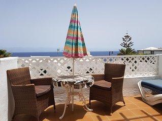 Air Conditioned Studio Apartment, Pool, Sea Views, Wi-Fi, UK & Irish TV + sports