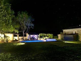WILD CHIC HOUSE ferme en pierres au calme absolu Spa+piscine Chauffé