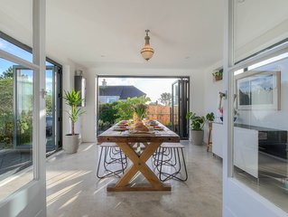Stones Reef | Cool & characterful 3 bedroom house with parking in St Ives