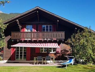 Gemütliches Chalet mit großem Garten & Bergblick, Garage, kostenloses WLAN/WIFI