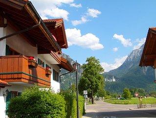 Luxuriös ausgestattete Ferienwohnung mit Blick auf Neuschwanstein und die Berge